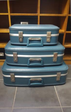 valises d 39 hotesse de l 39 air gigognes les vieilles choses. Black Bedroom Furniture Sets. Home Design Ideas