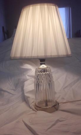 lampe verre et laiton