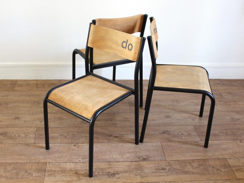 trio de chaises d 39 cole type mullca enfant les vieilles choses. Black Bedroom Furniture Sets. Home Design Ideas