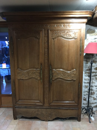 Armoire normande ancienne