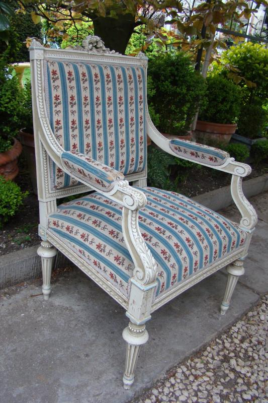 fauteuil st louis xvi ancien les vieilles choses. Black Bedroom Furniture Sets. Home Design Ideas