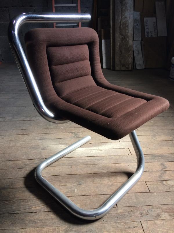 chaise design vintage les vieilles choses. Black Bedroom Furniture Sets. Home Design Ideas