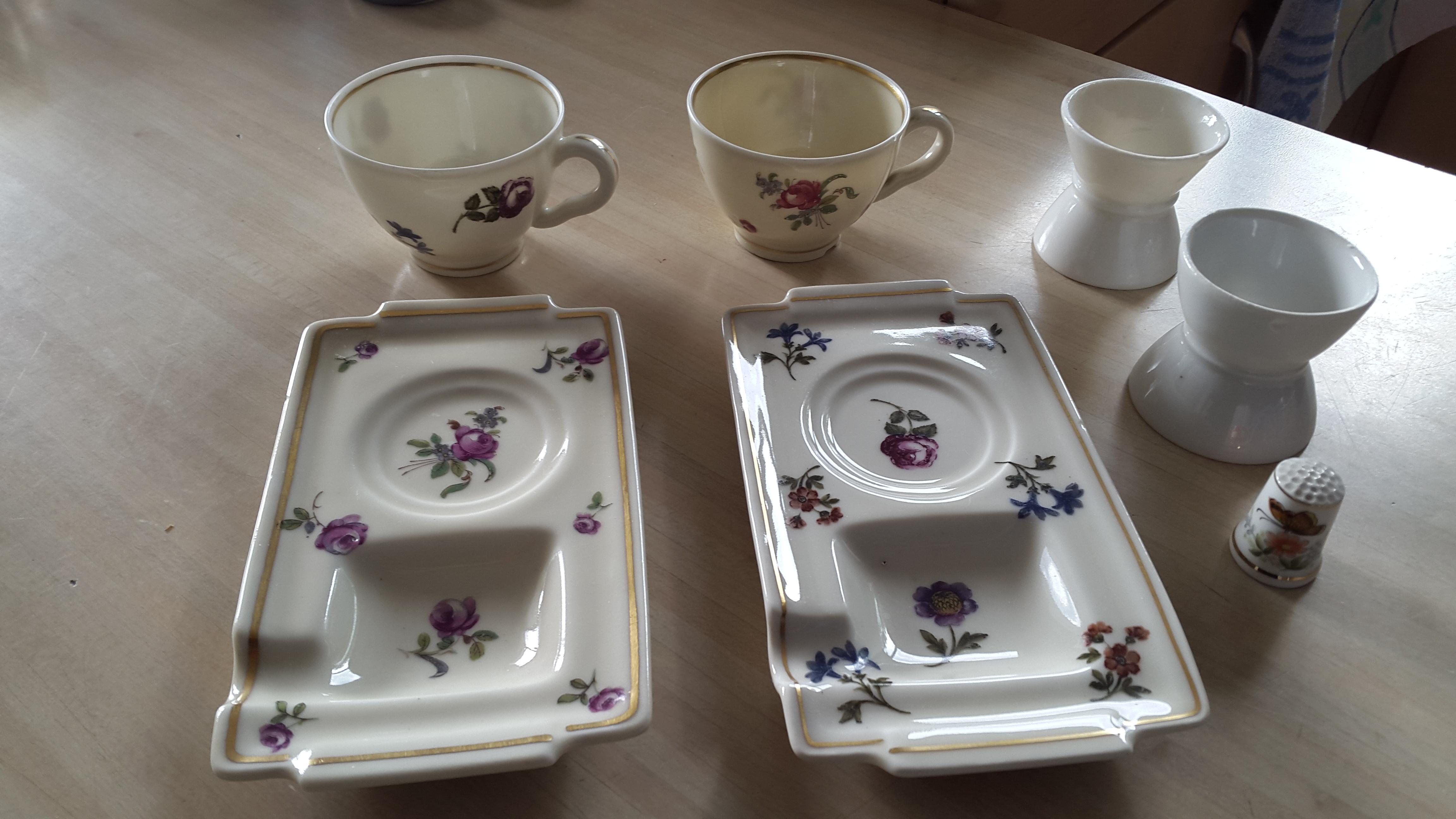 Les Petites Porcelaines lot de petites porcelaines anciennes - les vieilles choses