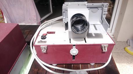 Rétro projecteur Vintage CRAT
