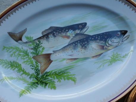 plat et 12 assiettes