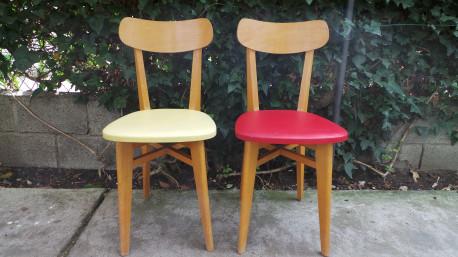 Paire de chaise skaï vintage 50's pieds compas