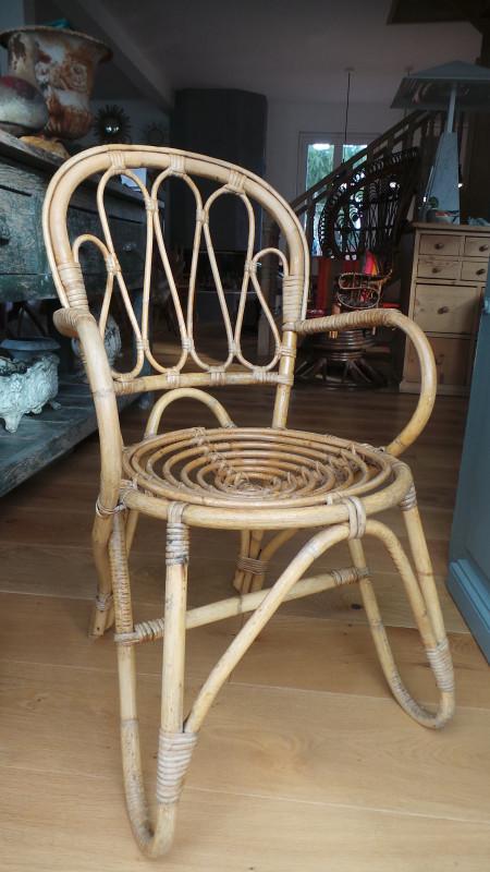 chaise en rotin vintage les vieilles choses. Black Bedroom Furniture Sets. Home Design Ideas