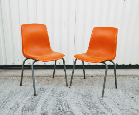 Paire de chaises orange GROSFILLEX