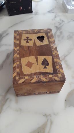 Coffret marqueté pour cartes à jouer