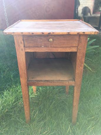 Table de chevet vintage bois massif