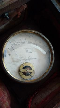 Voltmètre apériodique chauvin Arnoux