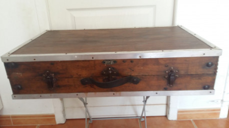 table valise ancienne