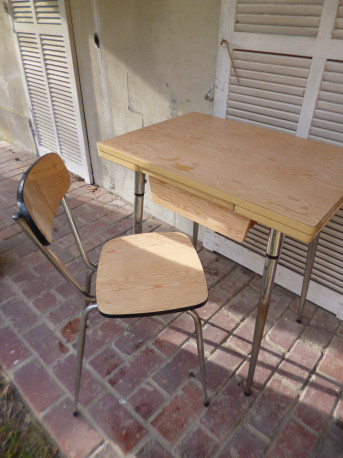 LOT table + chaise formica vintage