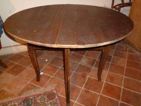 Table ronde pliante ancienne