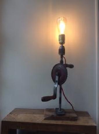 Lampe chignole industriel