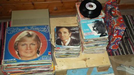 tourne disque phillips + disques 33/45