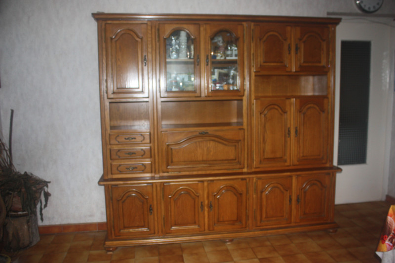 buffet de salle manger ancien les vieilles choses. Black Bedroom Furniture Sets. Home Design Ideas