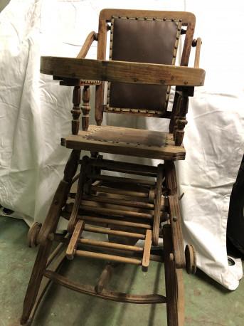 Chaise de bébé vintage excellent état