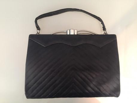 Petit sac en cuir noir vintage