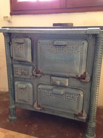 Cuisinière en fonte émaillée bleue Vintage