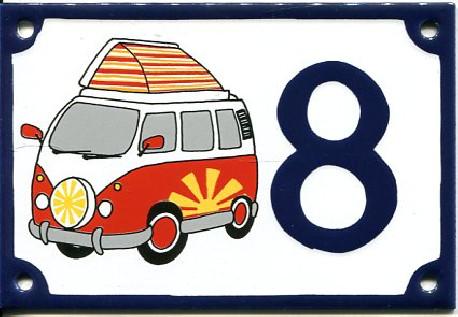 Plaques en acier émaillé décoré de numéro de rue vintage.