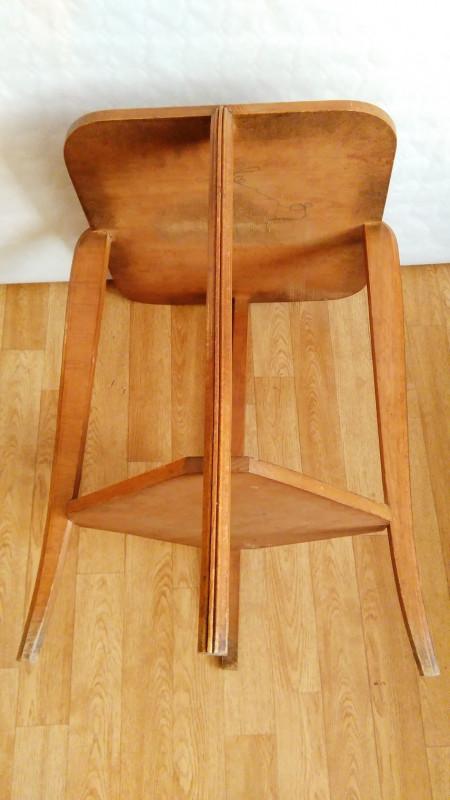 table gu ridon en bois vintage les vieilles choses. Black Bedroom Furniture Sets. Home Design Ideas