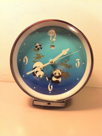 Réveil panda vintage