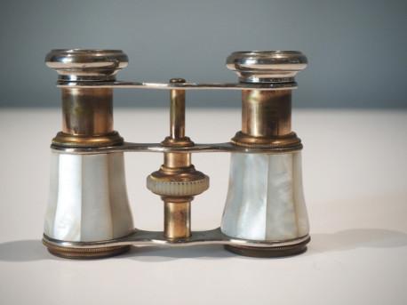 Jumelles de théâtre Nacre et métal Chevalier Vintage