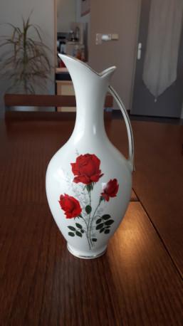 Carafe vintage en porcelaine