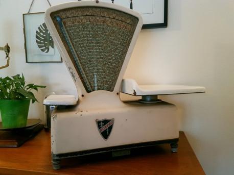 balance epicerie ducourneau vintage les vieilles choses. Black Bedroom Furniture Sets. Home Design Ideas