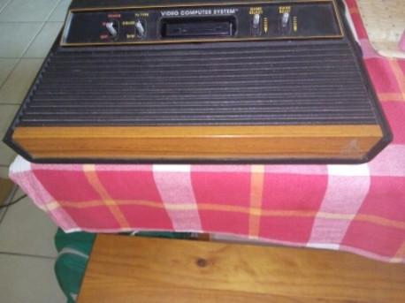 Console de jeu ATARI CX 2600 S N° 2 vintage