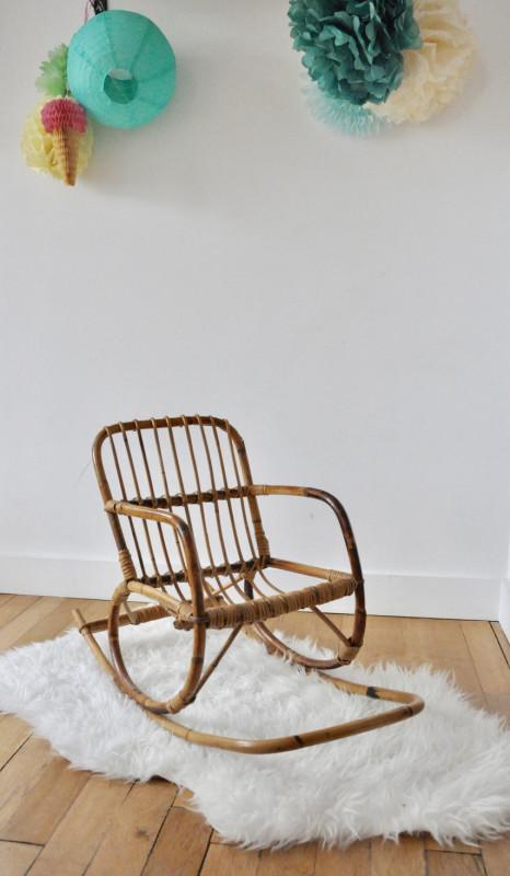 fauteuil bascule enfant en rotin les vieilles choses. Black Bedroom Furniture Sets. Home Design Ideas