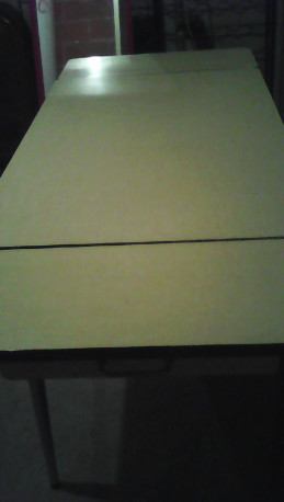 Table formica vintage