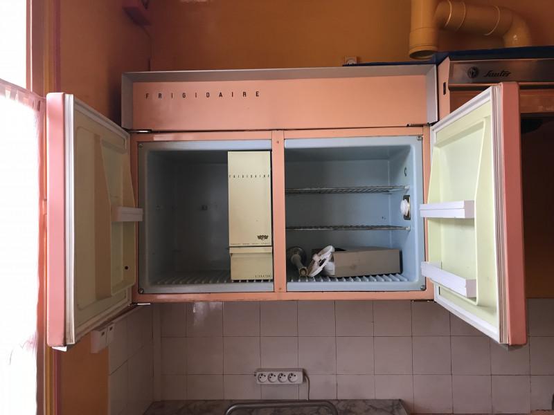 meubles de cuisine authentique formica les vieilles choses. Black Bedroom Furniture Sets. Home Design Ideas