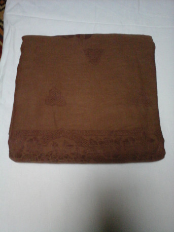 Nappe ancienne damassée chocolat