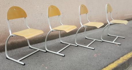9 chaises bois et métal vintage années 80