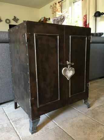 Superbe meuble métal vintage. Déco indus loft.